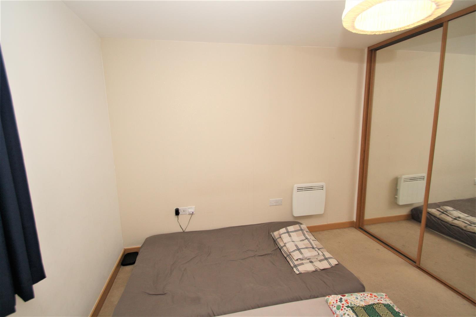 Bedroom1 (2).JPG